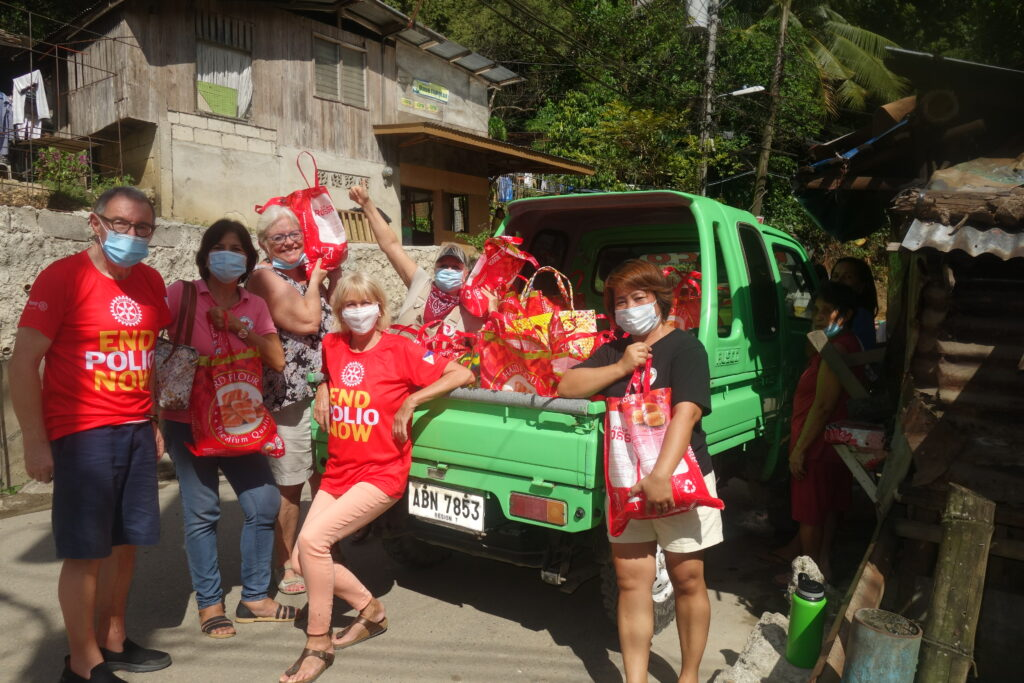 We brought the rice up in the hillside of Cebu to be distributed to the most needy families.